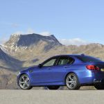 2011 BMW M5 Saloon Picture 17