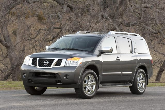 2012 Nissan Armada Picture 2