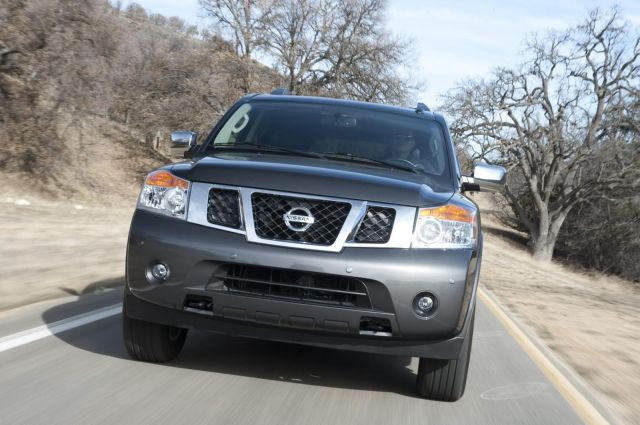 2012 Nissan Armada Picture 3