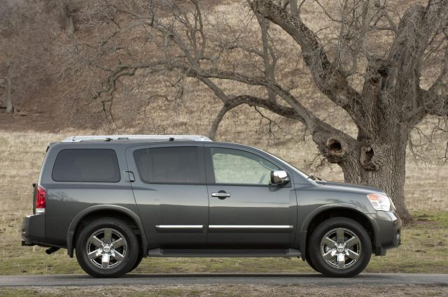 2012 Nissan Armada Picture 9