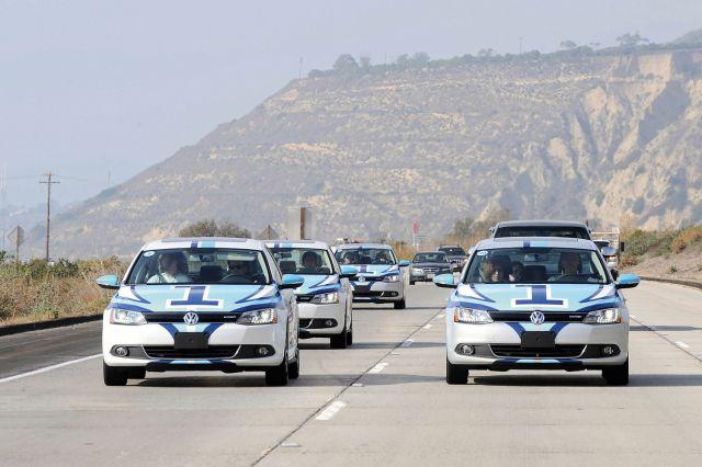 2013 Volkswagen Jetta Hybrid Picture 3