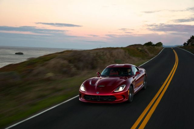 2013 Dodge Viper SRT Picture 1