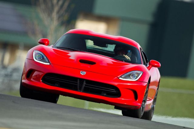 2013 Dodge Viper SRT Picture 3