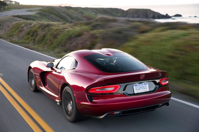2013 Dodge Viper SRT Picture 24