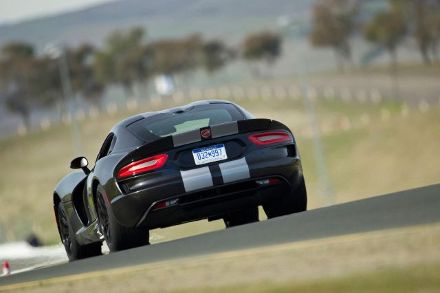2013 Dodge Viper SRT Picture 31