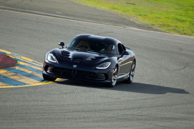 2013 Dodge Viper SRT Picture 33