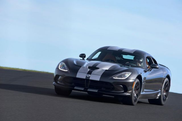 2013 Dodge Viper SRT Picture 35
