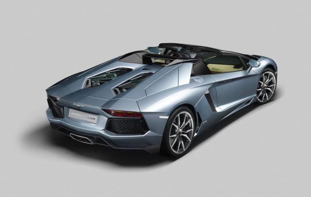 2013 Lamborghini Aventador LP 700-4 Roadster Picture 19