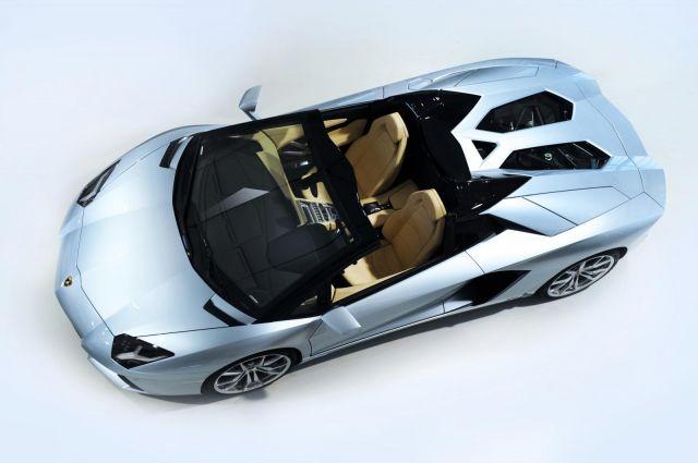 2013 Lamborghini Aventador LP 700-4 Roadster Picture 22