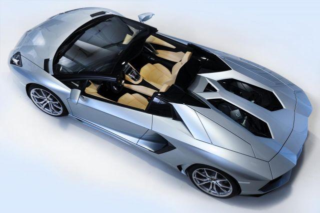 2013 Lamborghini Aventador LP 700-4 Roadster Picture 37