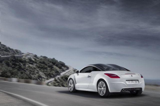 2013 Peugeot RCZ Picture 11
