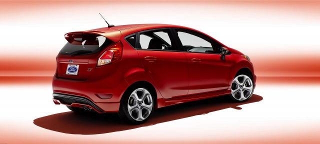 2014 Ford Fiesta ST US Picture 2