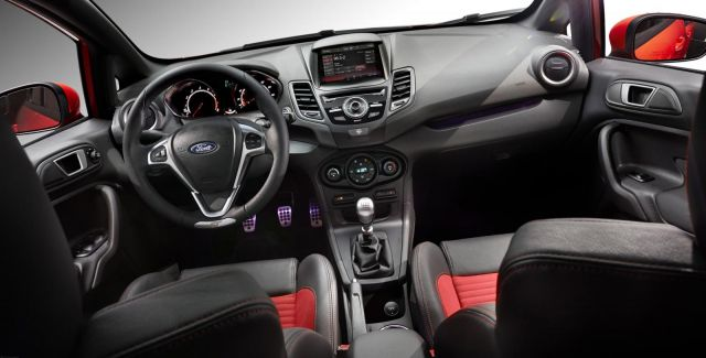 2014 Ford Fiesta ST US Picture 16