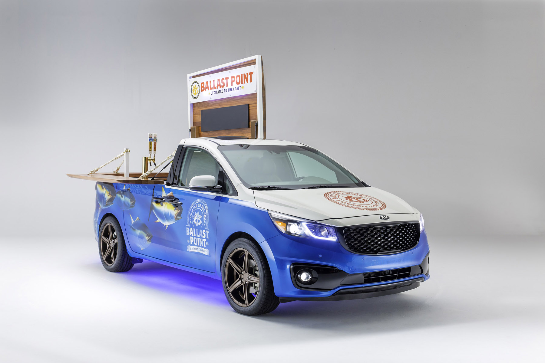 2015 Ballast Point Kia Sedona SXL