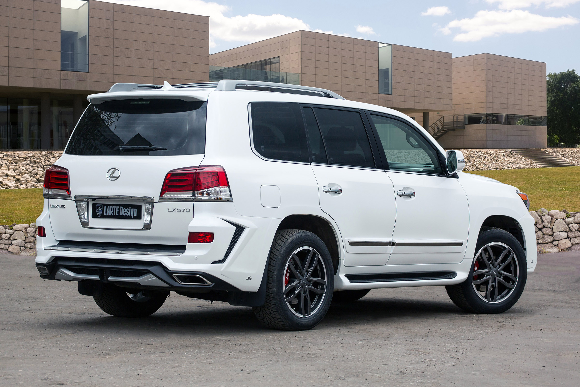 2015 Larte Lexus LX 570 White Alligator