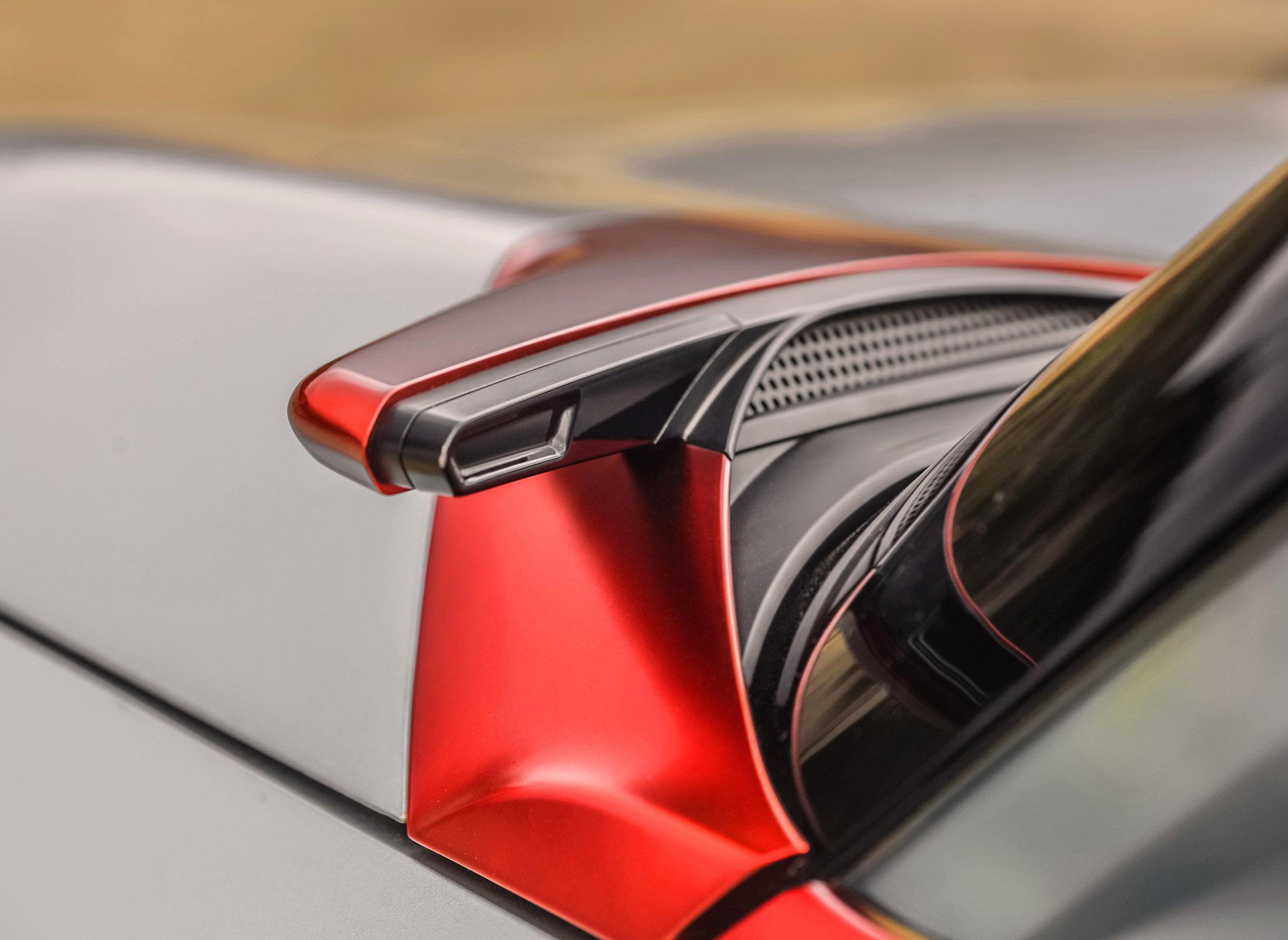 2015 Mitsubishi GC-PHEV Concept