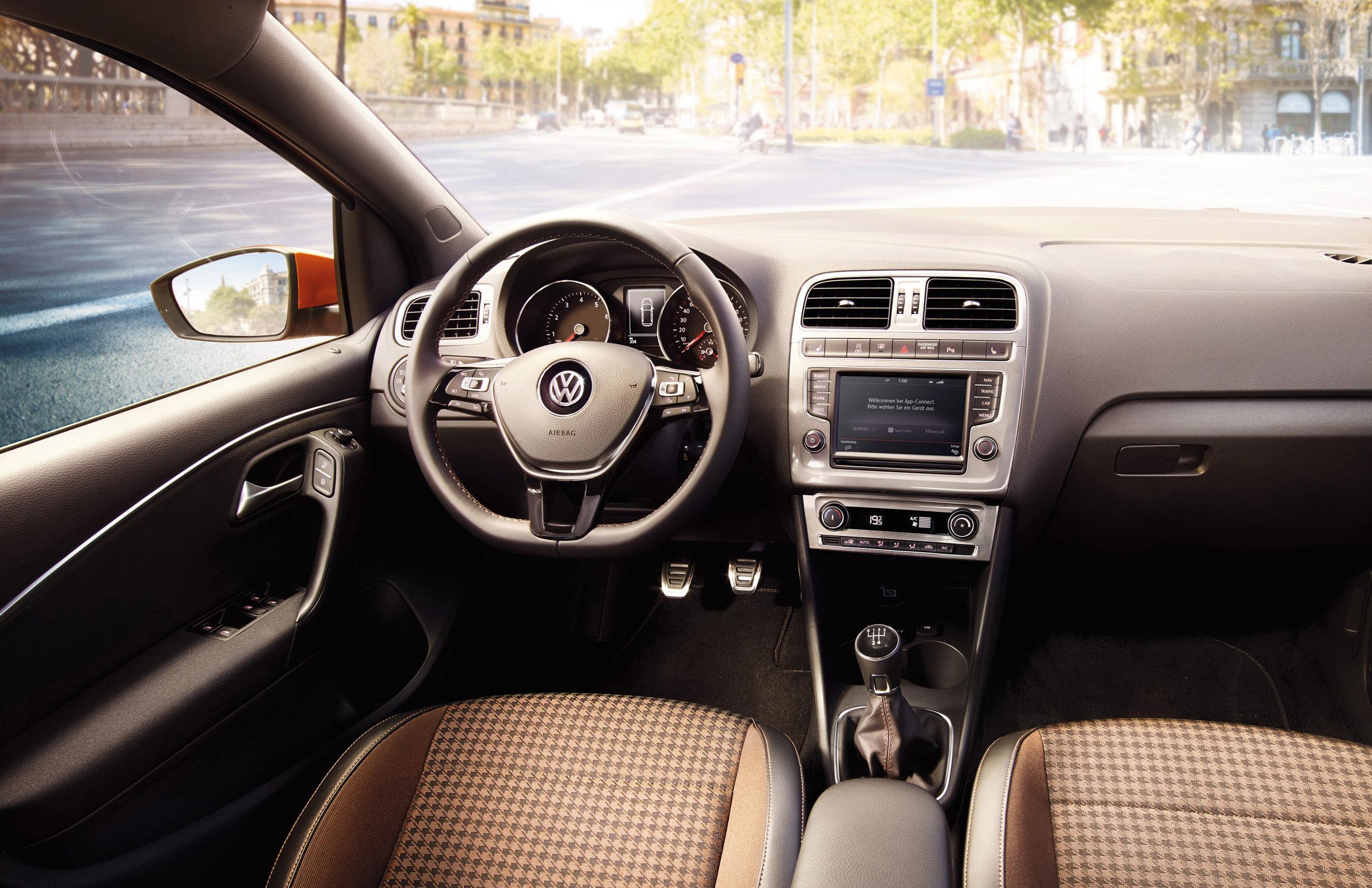 2015 Volkswagen Polo Original