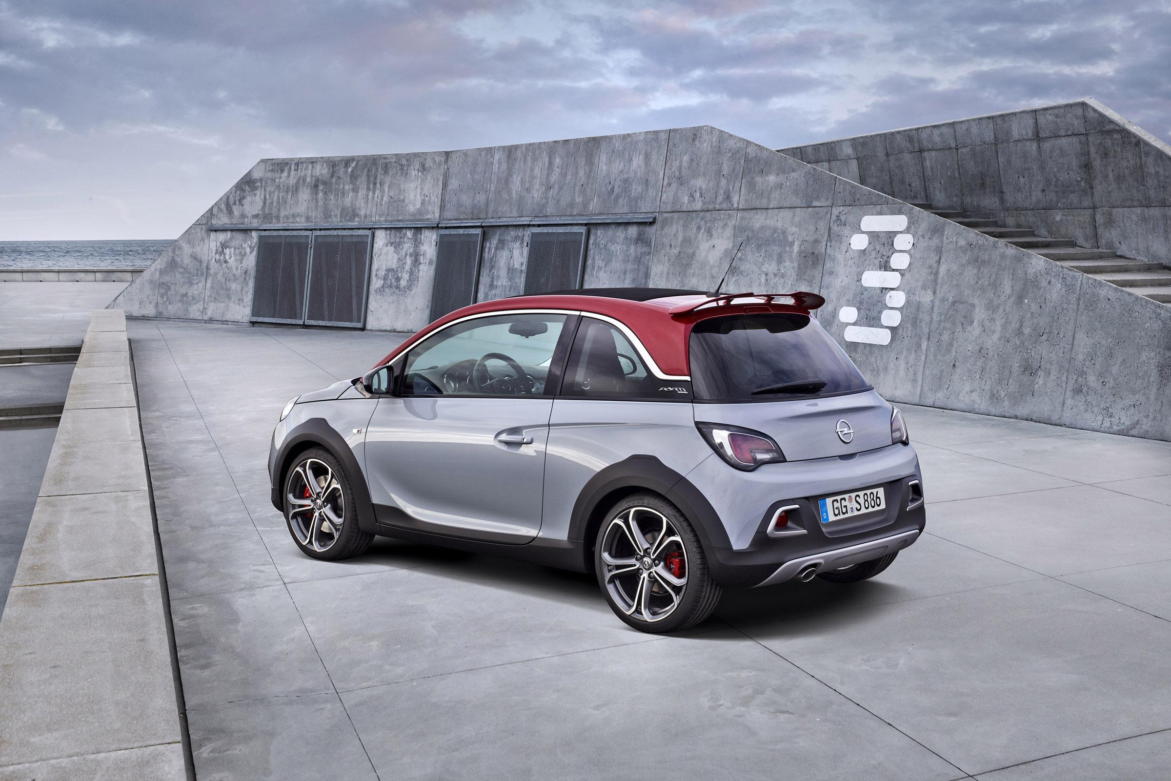2016 Opel Adam Rocks S