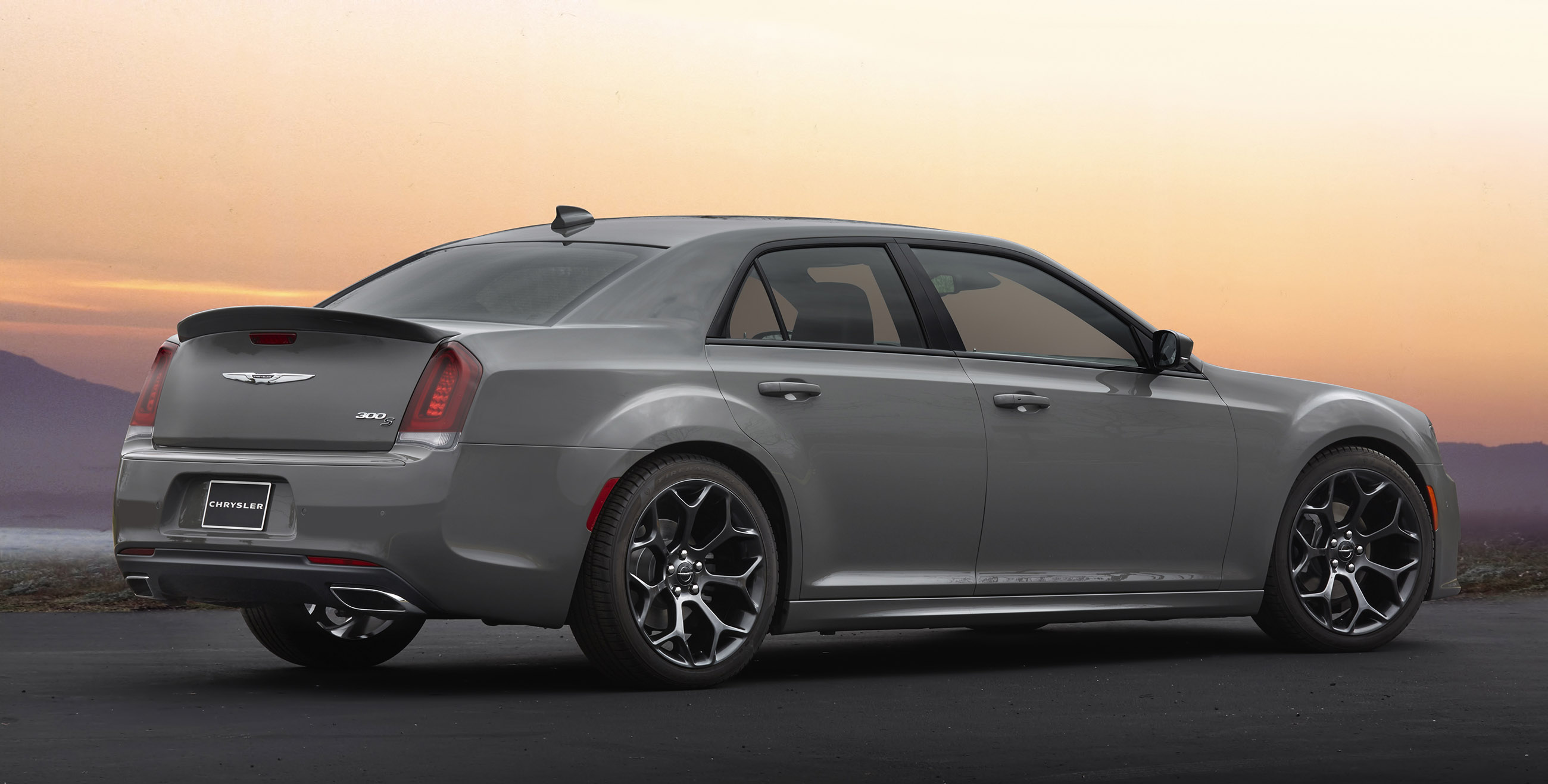2017 Chrysler 300S Sport Appearance Packages
