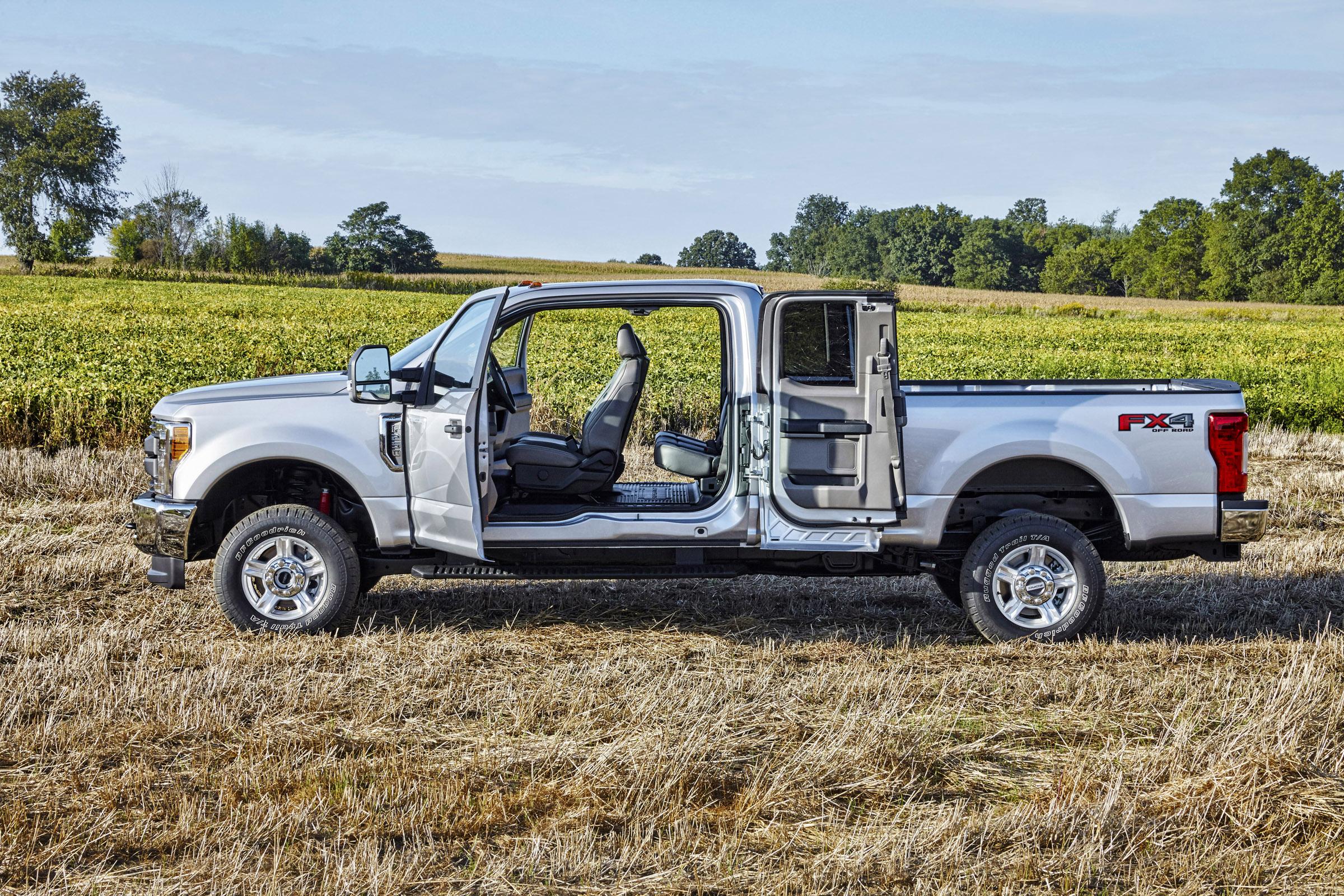 2017 ford f 450 super duty platinum crew cab 4x4 06 All-New Ford Super ...