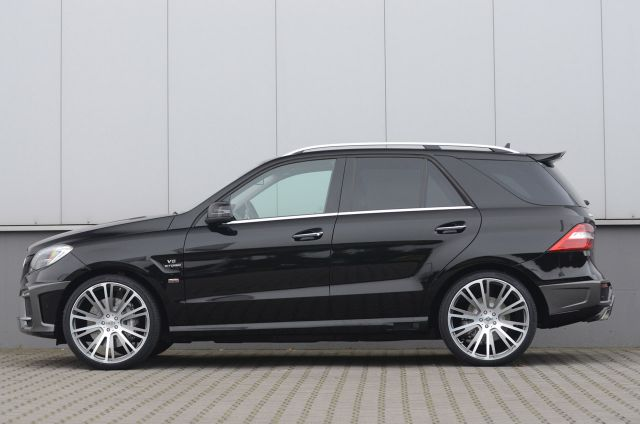 2012 BRABUS Mercedes ML 63 AMG Picture 4