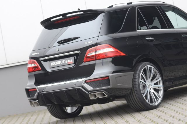 2012 BRABUS Mercedes ML 63 AMG Picture 6