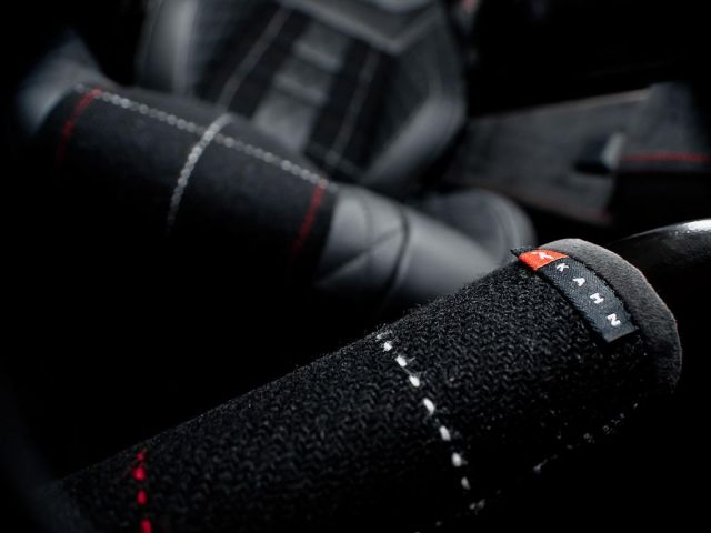Kahn Design Land Rover Defender Harris Tweed Edition Picture 8