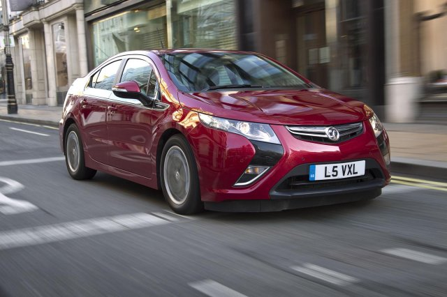 Opel Ampera Earth Picture 9