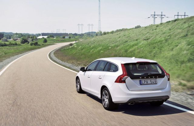 Volvo V60 Plug-In Hybrid Picture 5