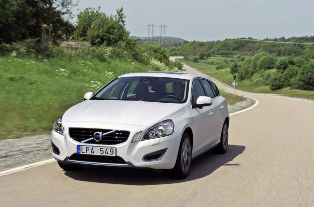 Volvo V60 Plug-In Hybrid Picture 7