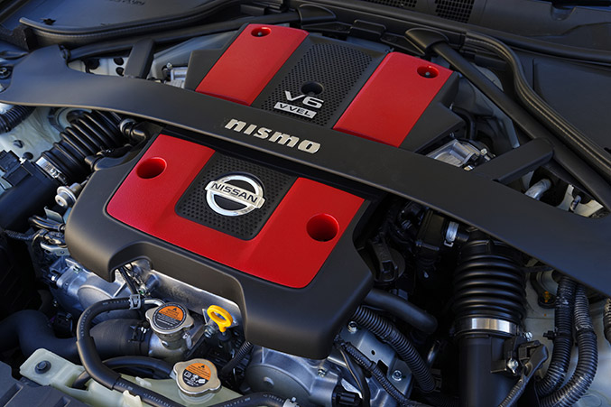 2014 Nissan 370Z NISMO Engine
