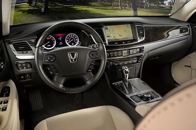Hyundai Equus 2014 Interior
