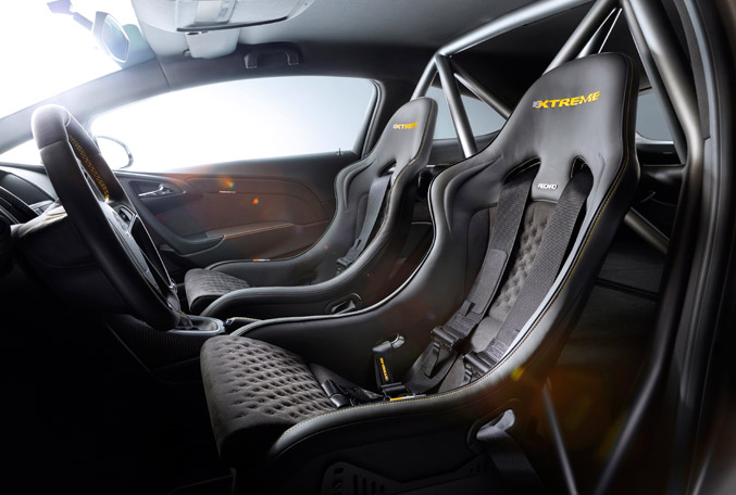 Vauxhall-Astra-VXR-EXTREME-Concept-04