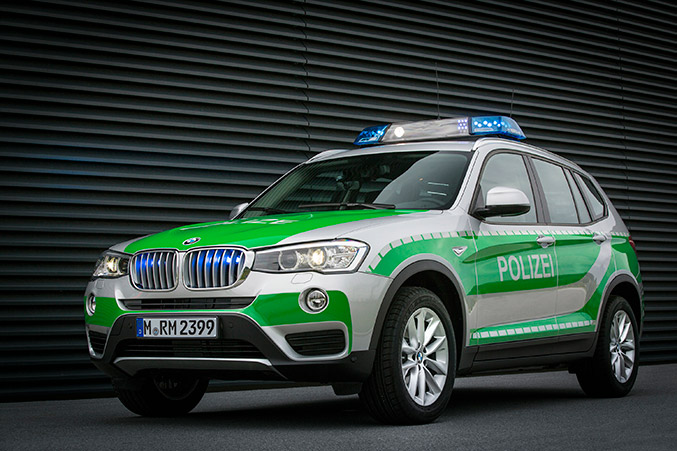 2014 BMW X3 xDrive20d Police Front Angle