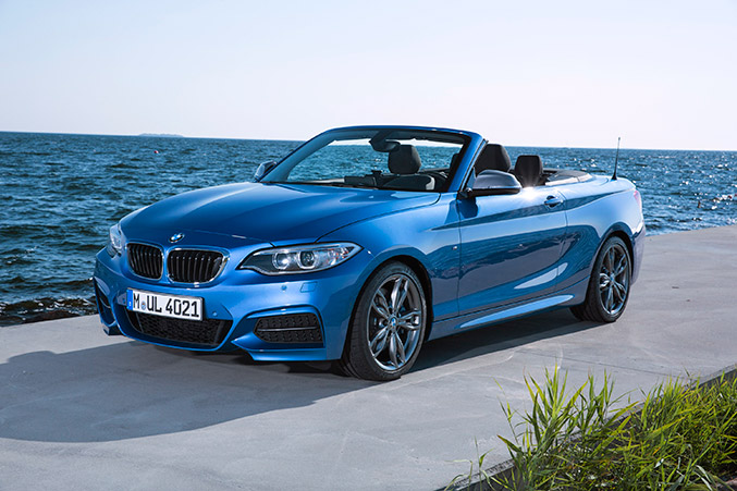 2015 BMW 2 Series Convertible Front Angle