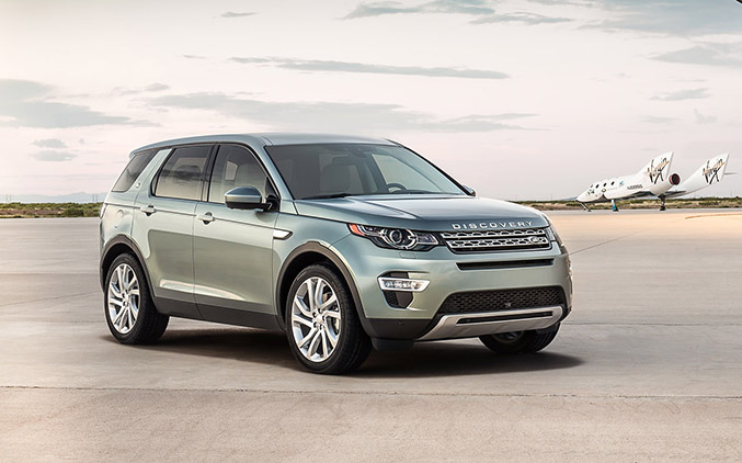 2015 Land Rover Discovery Sport SUV Front Angle