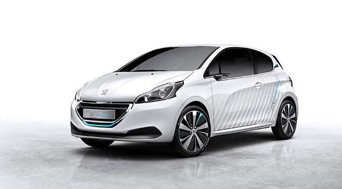 2015 Peugeot 208 HYbrid Air 2L Demonstrator Front Angle