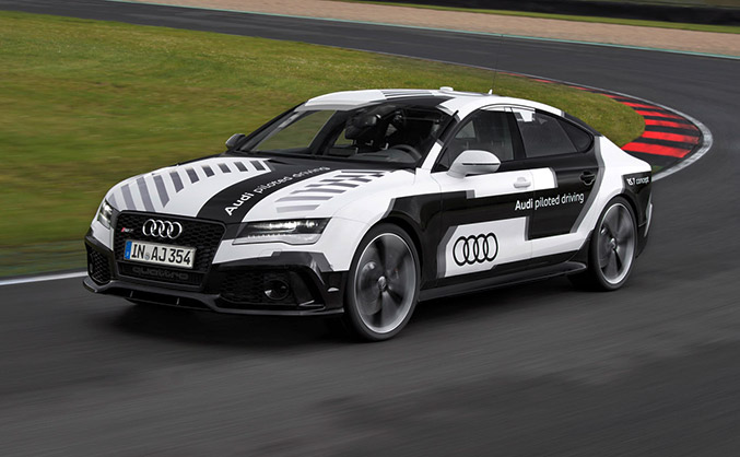 2014 Audi RS 7 Piloted Driving Concept Car Front Angle