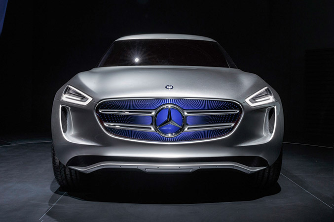 2014 Mercedes-Benz Vision G-Code Front Angle