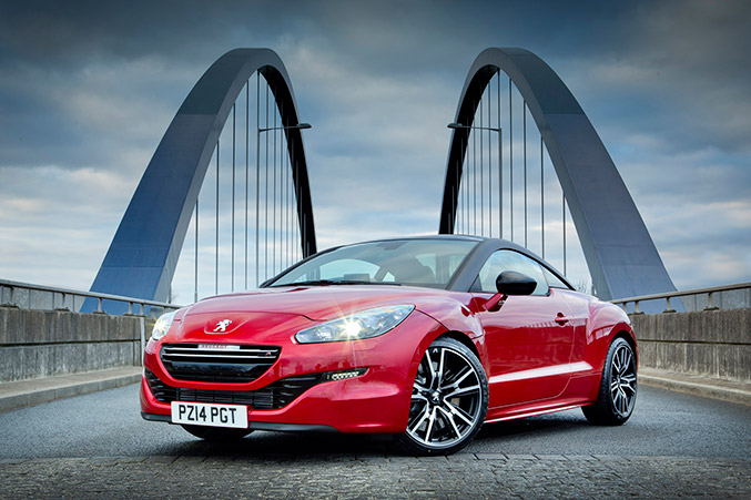 2014 Peugeot RCZ R Sports Coupe Front Angle