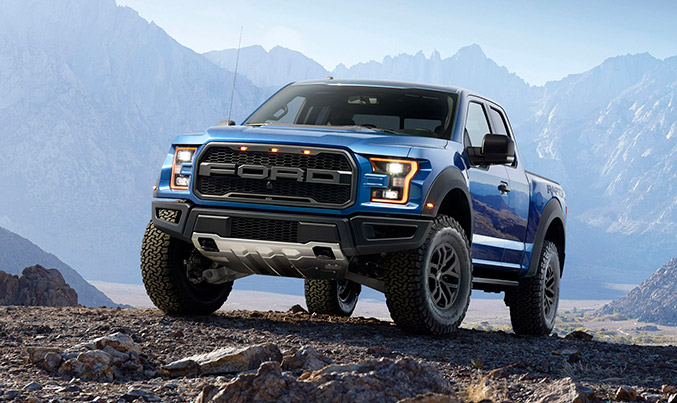 2017 Ford F-150 Raptor Front Angle