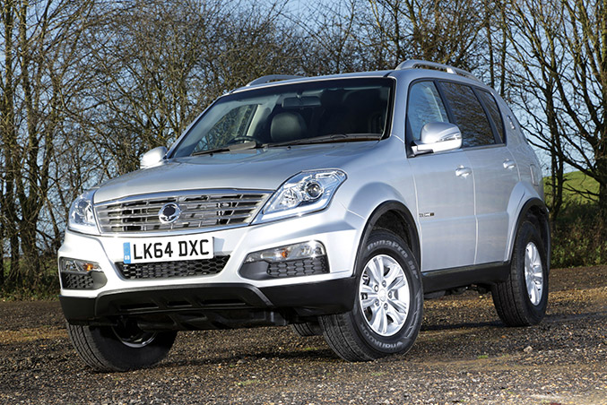 2015 SsangYong Rexton W CSX Front Angle