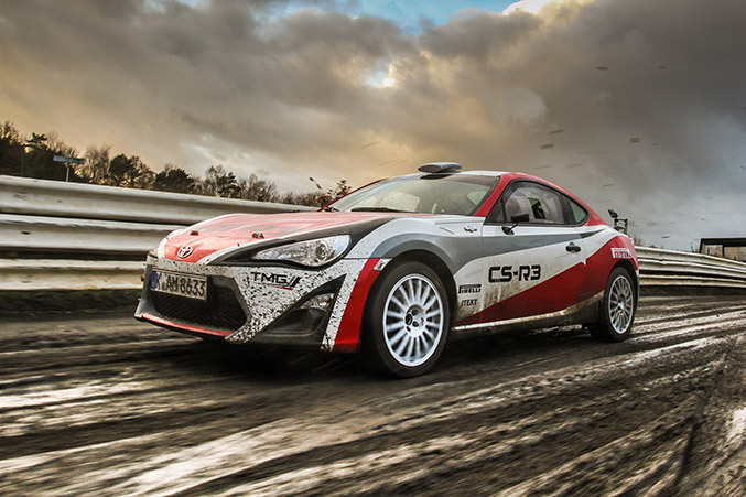 2015 Toyota GT86 CS-R3 Rally Car Front Angle