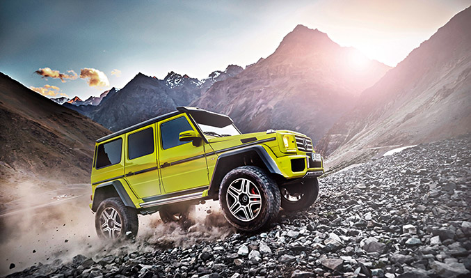 2015 Mercedes-Benz G500 4x4-2 Concept Front Angle
