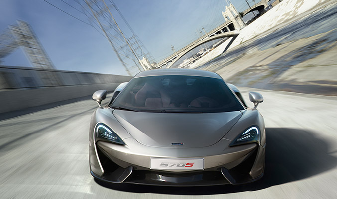 2016 McLaren 570S Coupe Front Angle