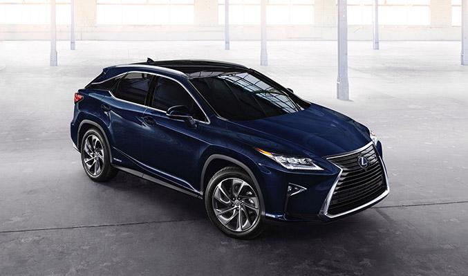 2016 Lexus RX 450h Front Angle