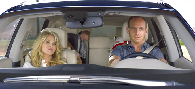 Infiniti Debuts New QX60 Vacation ad Campaign Family