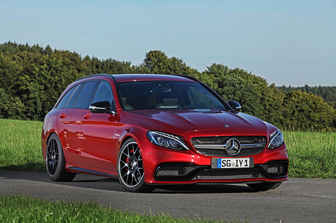 2015 Wimmer RS Mercedes-Benz C63 AMG Front Angle