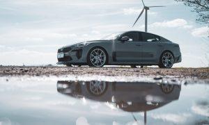 thumbnail Barracuda meets Giacuzzo: Inferno wheels on the refined Kia Stinger