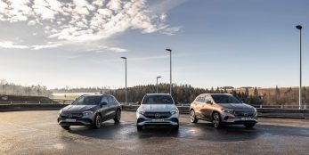 thumbnail Mercedes-Benz Cars delivers 590,999 passenger cars in Q1, achieves double-digit growth